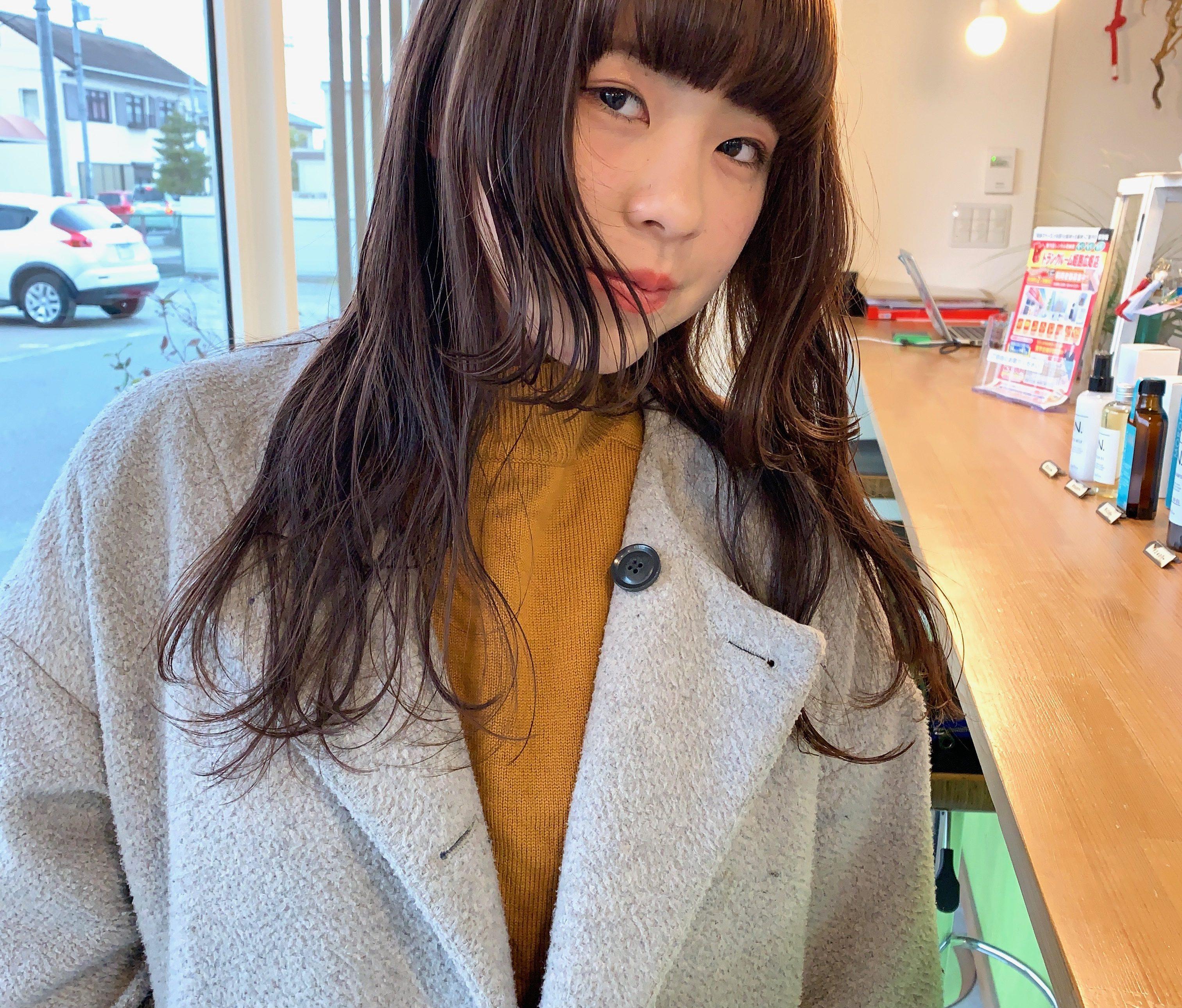 オトナ姫カット×ナチュラルミルクティ【@sowi_abe】